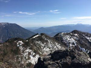 太郎山山頂から 男体山と中禅寺湖方向
