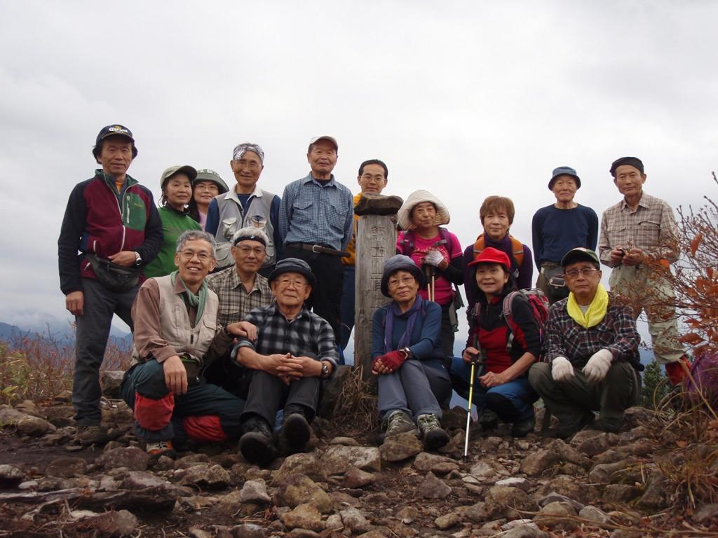 飯士山山頂で